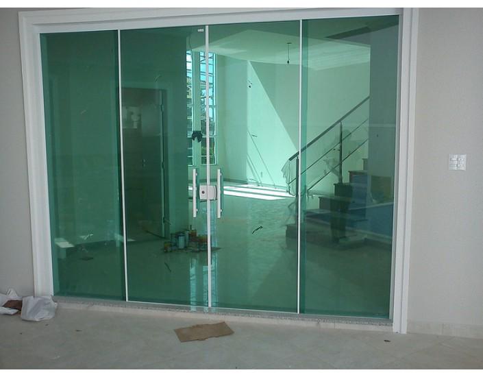 Klarit vidros guarda corpos esquadrias atendemos em for Porta 4 folhas de vidro temperado